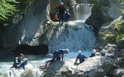 Valt het canyoningen nu onderklimmen of onder watersporten